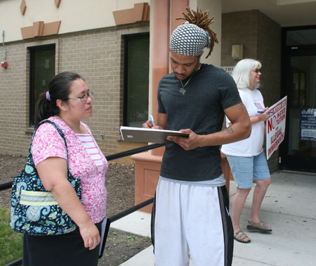 petition signing in Gaithersburg