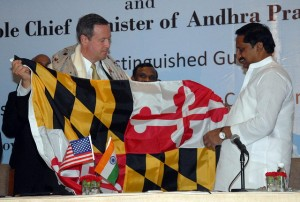Gov. Martin O'Malley presents Maryland flag to Andhra Pradesh Chief Minister Nallari Kiran Kumar Reddy at signing of sister-state agreement. DBED photo