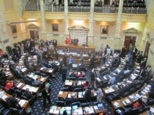 House begins gambling debate