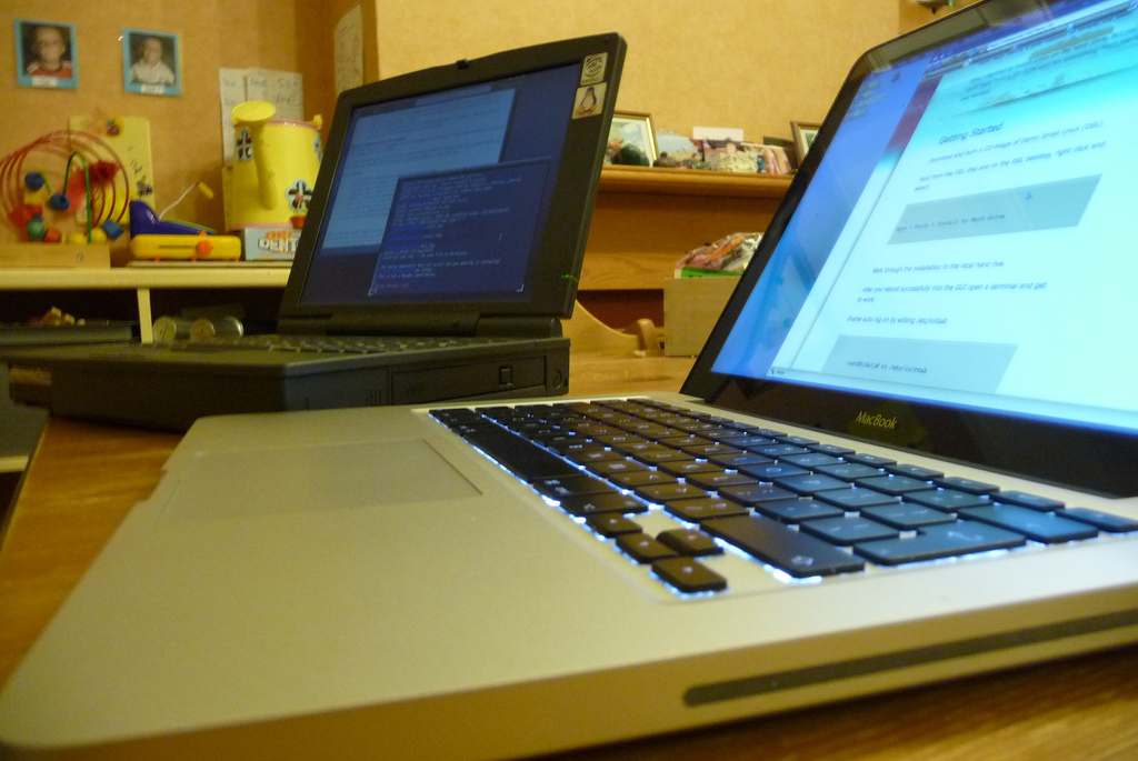 Laptop computer by mmole on Flickr