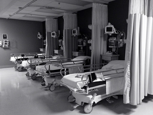 Hospital beds by StudioTempura