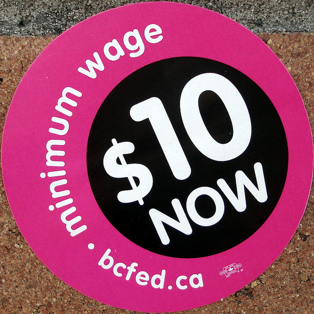 Minimum wage $10 now (by mag3737/flickr)