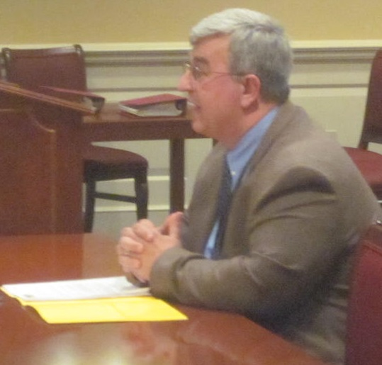 MSDE Chief Academic Officer Jack Smith testifies at Senate committee.