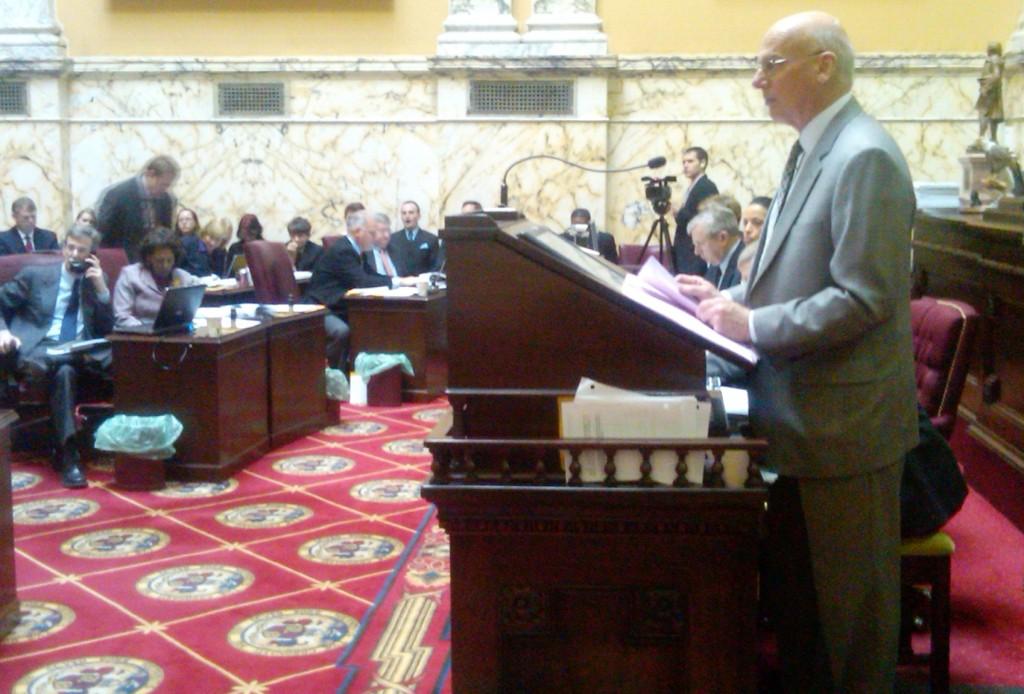 Budget Chairman Ed Kasemeyer at podium presents budget to the Senate.