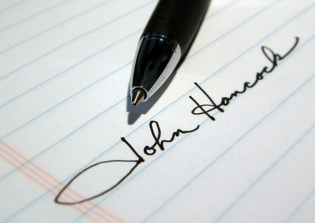 Signature pen signing by Hammer51012