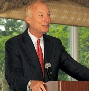 Franchot at podium