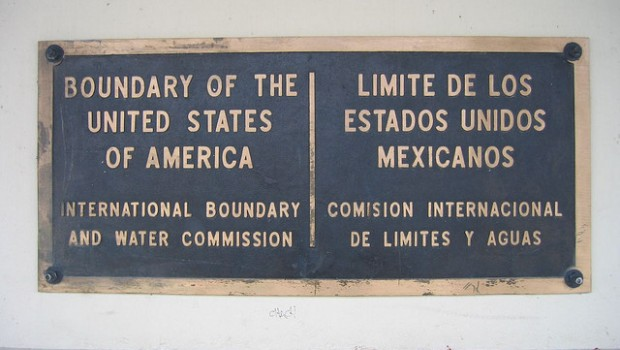 U. S Border (Photo by Maitri -- Flickr Creative Commons Licsens)