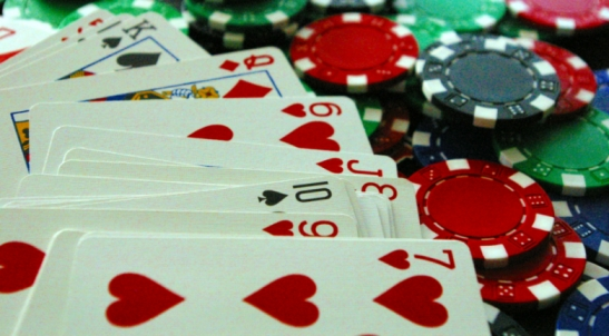 Gambling addiction: A young poker player agrees to give up the casino