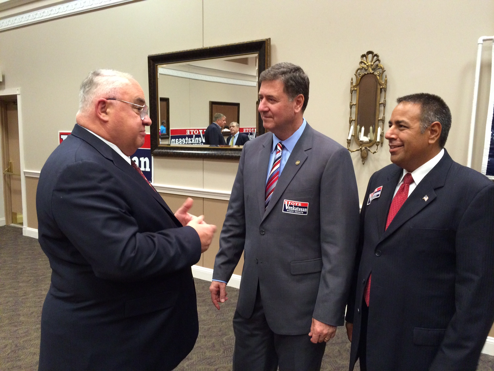 Ex-Va. Gov. Allen helps Howard Senate candidate