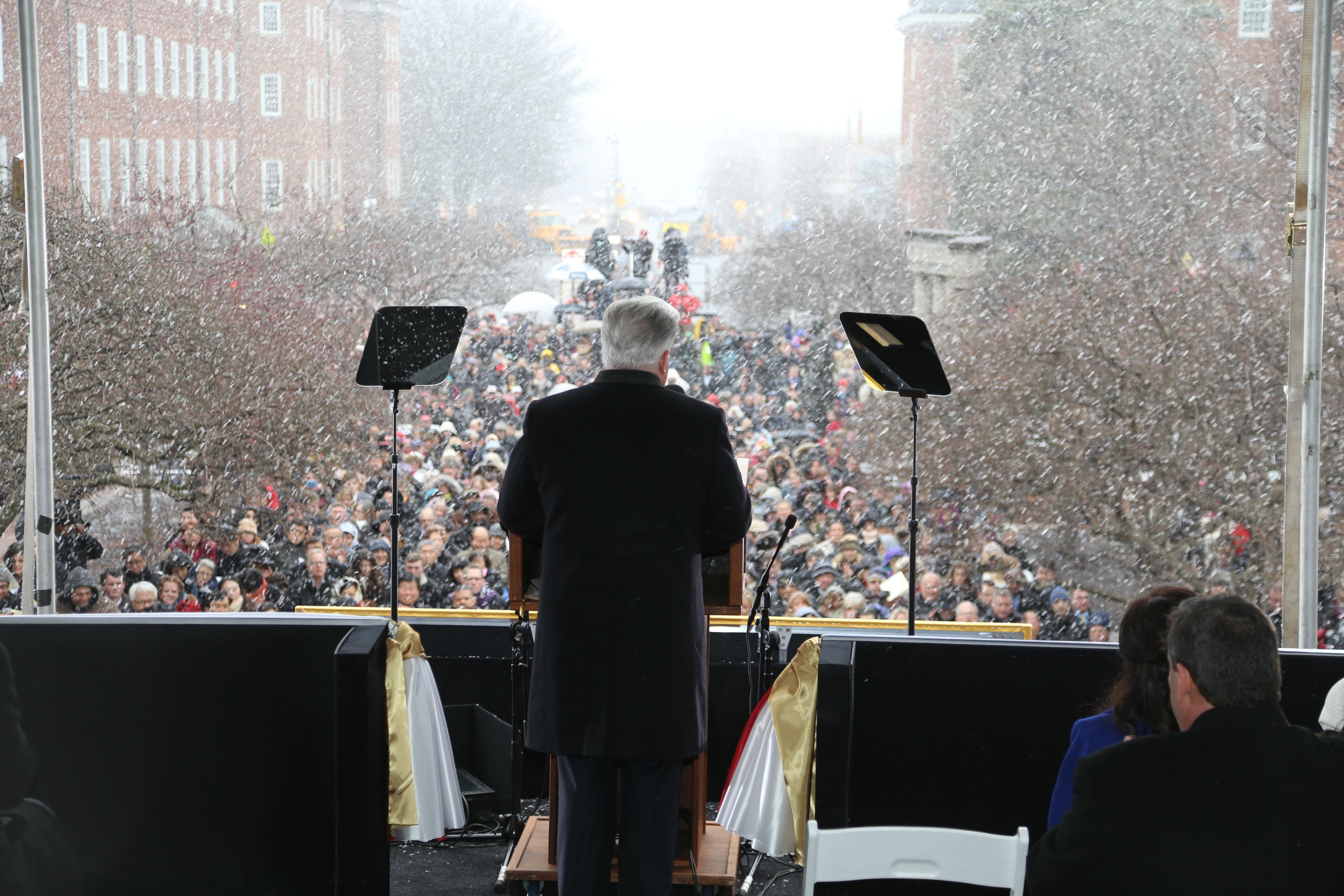 Hogan pledges 'new spirit of bipartisan cooperation'