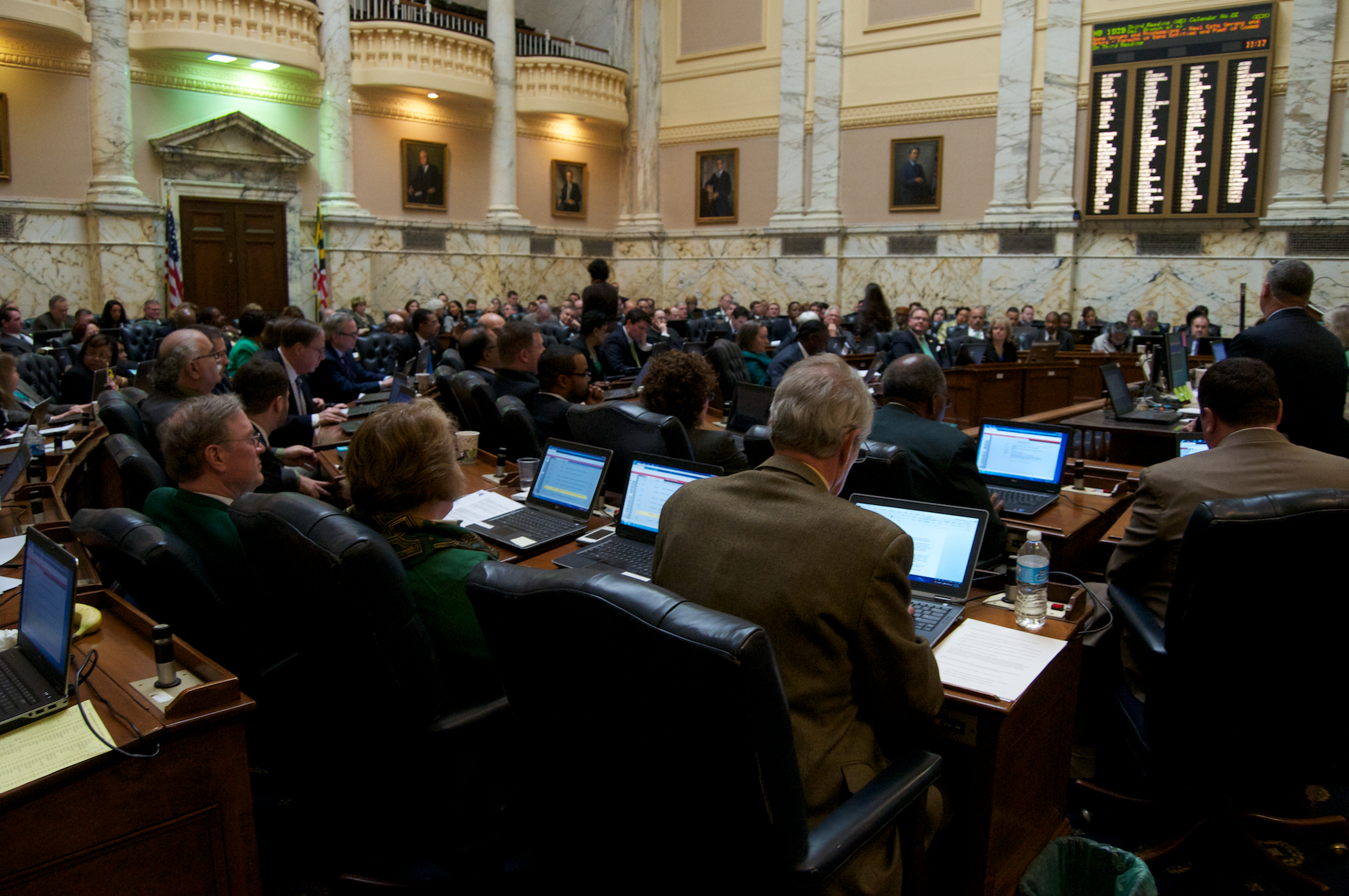 House passes Hogan budget, with 10 Republicans opposed