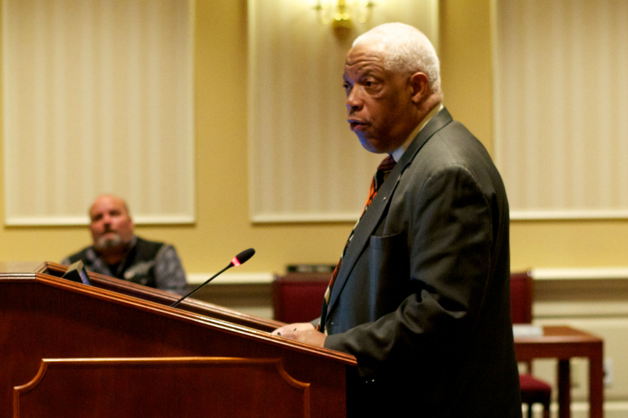 Judges could wait till 75 to retire under Miller bill