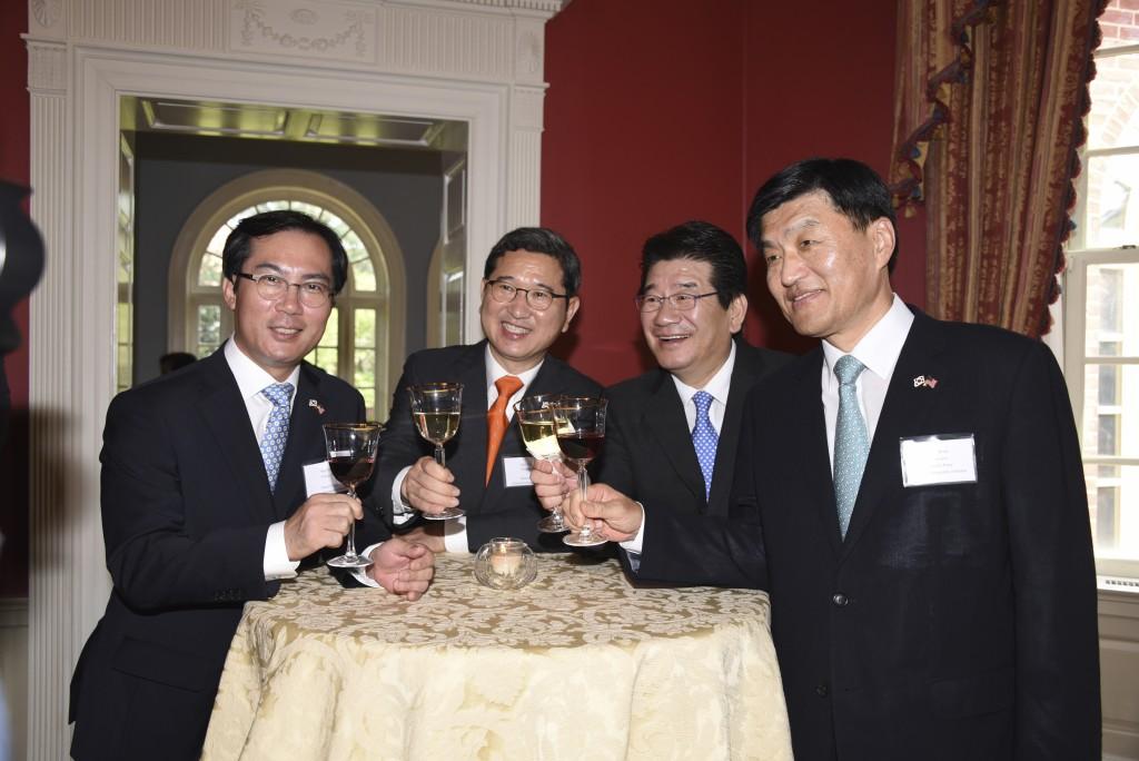 Korean delegation 7-26-2015