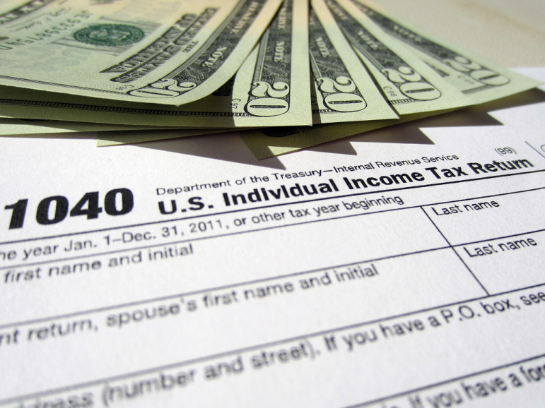 1040 tax return. Photo by 401(k) 2013 with Flickr Creative Commons License