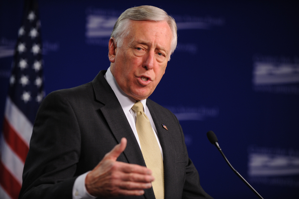 Hoyer says Trump or Cruz as GOP nominee gives Dems chance for House majority