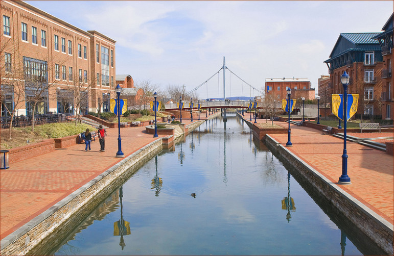 Carroll Creek Park in Frederick by Ron Cogswell with Flickr Creative Commons License.