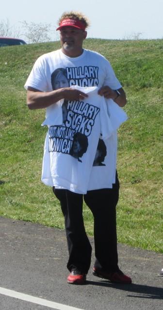 Trump shirt sale Hillary sucks