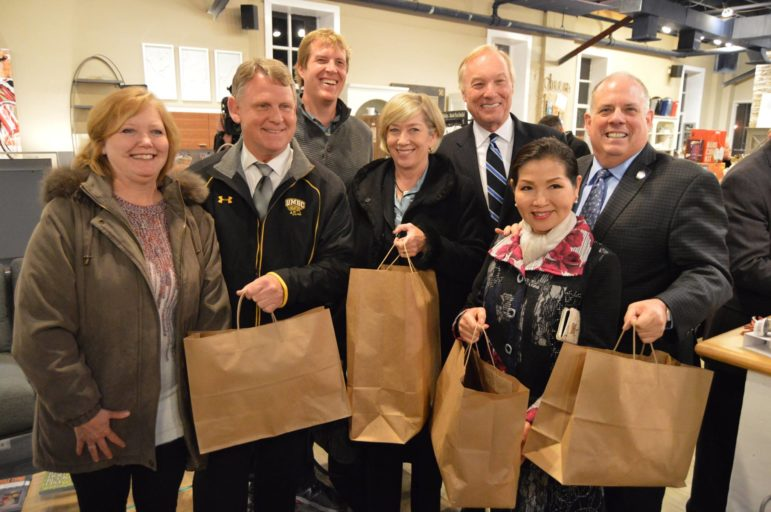 ellicott-city-shopping-hogan-franchot-kittleman