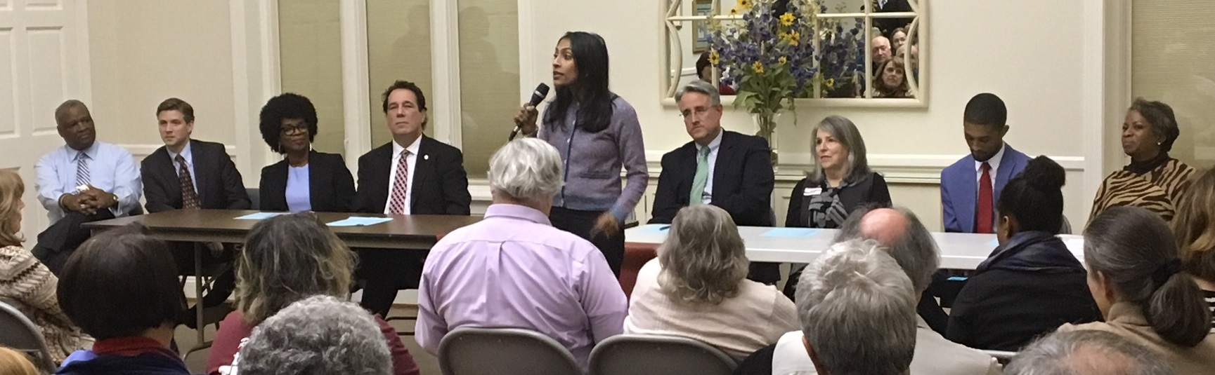 Crowded field for governor woos Howard County Dems