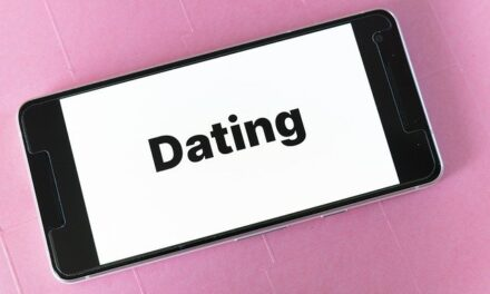 Here's How COVID-19 Has Impacted Dating