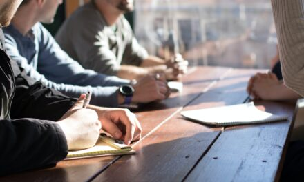 How to Close Business Contracts Faster: 3 of the Most Important Steps