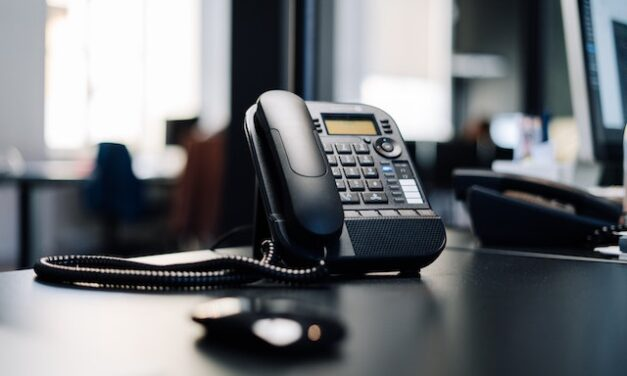 5 Numbers to Have On Speed Dial In Case of Emergency