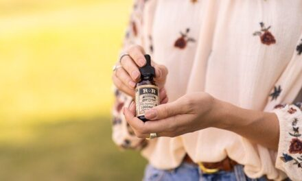 8 Amazing CBD Oil Products to Try