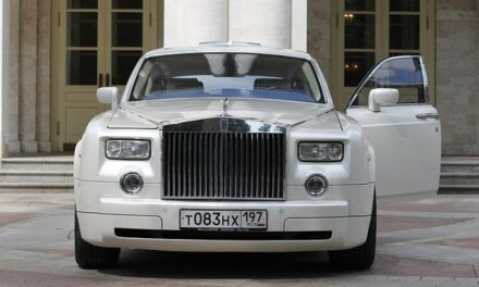 A Look at Exotic Car Hire and Rolls Royce Chauffeur Service