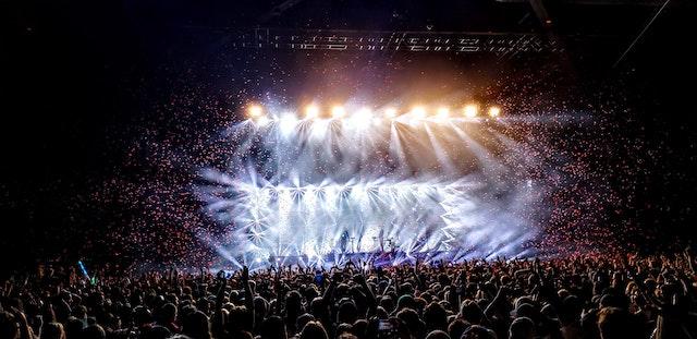 Garth Brooks Tickets, Concert, & Tour