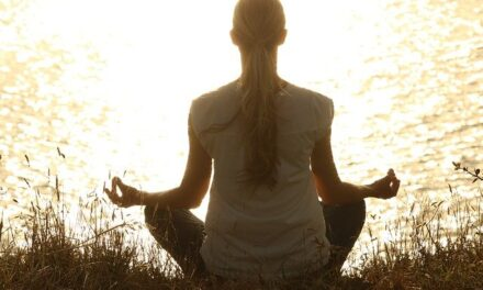 How Does Meditation Help in Dealing With Stress?