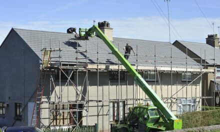 Selecting the Right Roofing Contractor Company for Replacing Your Roof